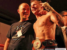 Sykes clinches English title