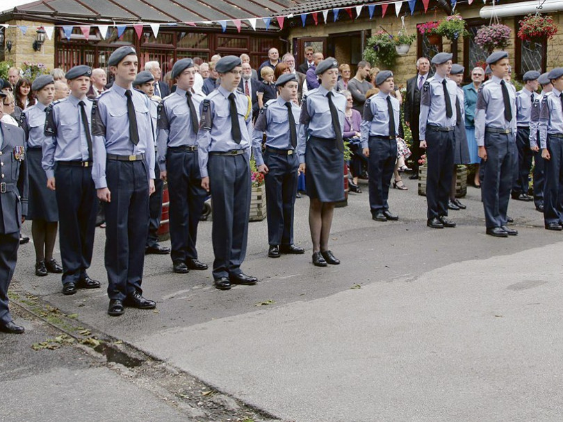 Hundreds turn out for Armed Forces event