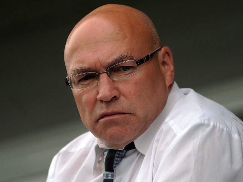 Bulldogs chief Kear unfazed as speculation continues to mount