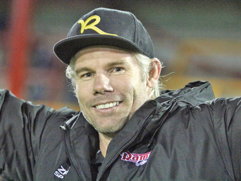 Morro will not rule out Bulls