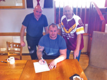 Safe 'Haven for Bulldogs as Cumbrian duo join