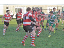 Cleck maintain unbeaten home record