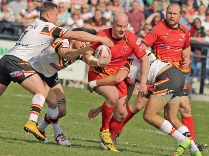 Bulls too hot for Rams in front of record crowd