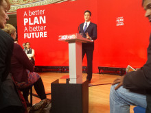 Focus on MP Reevell as Miliband comes to town in final election push