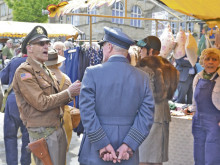 20,000 soak up the fun at Vintage Day