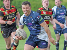 Stags sneak past York for top spot