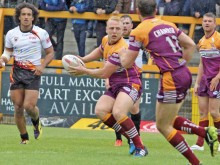 Batley hit form in time for 8s