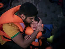 Local aid workers on front line of refugee crisis