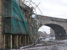 Motorists' lucky escape in mill building collapse