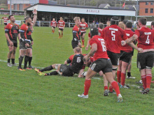 First-half blitz ensures Hull victory at Moorend