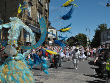 Crowds flock to arts festival