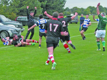 Piper's last-gasp try wins it for Cleck