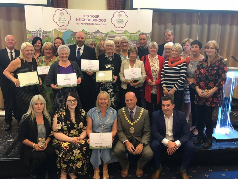 Mirfield's flower power wows Bloom judges