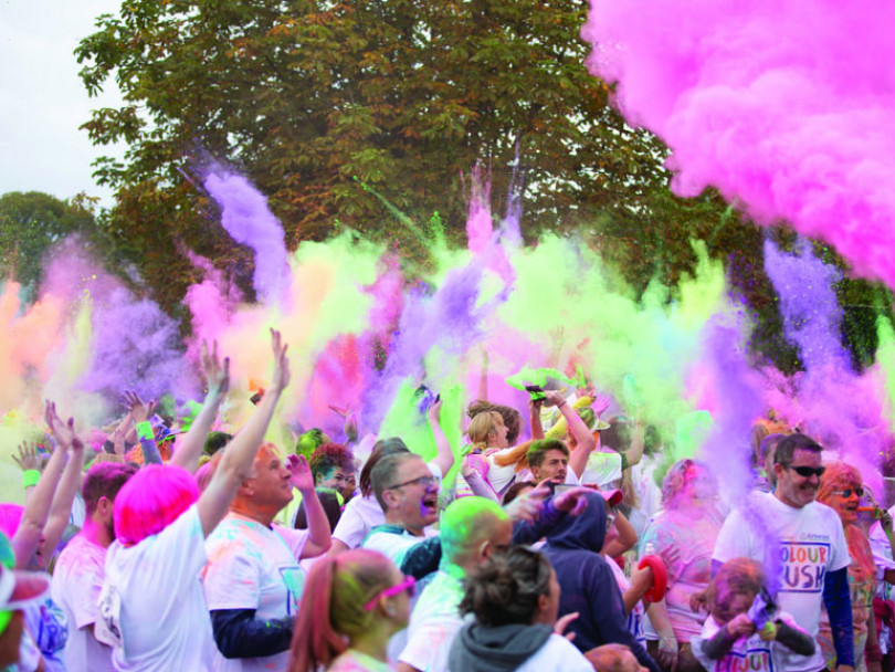 Colour Rush attracts the masses to Oakwell