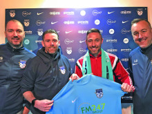 Greaves in to boost United strikeforce