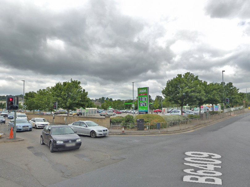 Delays likely when gas works start at major junction in Dewsbury
