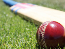 Hanging Heaton set for T20 quarter-final