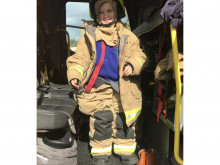Firefighters' treat for little Mia after flat fire scare