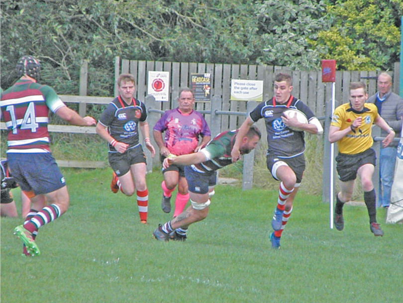 Cleckheaton share the spoils with Moortown