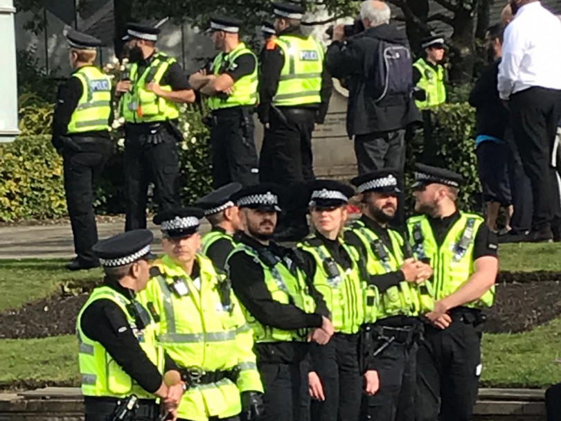 Seven arrested in Dewsbury protests
