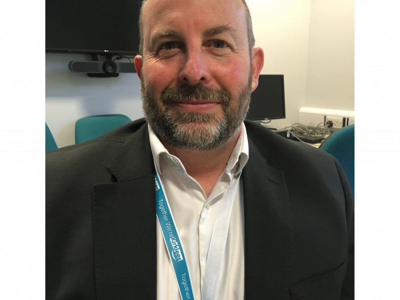 Kirklees Council chief to leave
