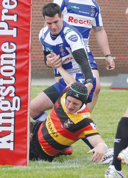 Loan hooker Adam O'Brien bags a second try for Dewsbury